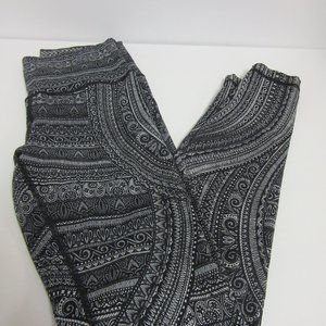 Lululemon Paisley Print Leggings Women's Size 8